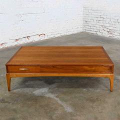 Lane Furniture Mid century modern lane rhythm collection walnut rectangular coffee table - 2130382