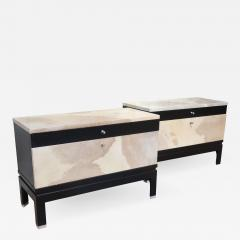 MIM A pair of rosewood and goat leather commodes signed by MIM Italy 60 - 1018574
