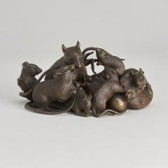 Maruki An antique Japanese bronze of a family of rats - 1260076