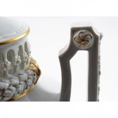 Meissen 1924 Meissen Porcelain Lidded Urn - 176537