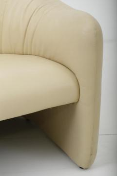 Metropolitan Furniture Leather Barrel Back Chairs Metropolitan 1970s - 1563624