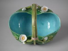 Minton Minton Majolica Lily Basket - 1755198