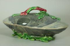 Minton Minton Majolica Mussel Dish and Cover - 2052974