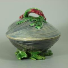 Minton Minton Majolica Mussel Dish and Cover - 2052975