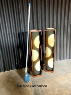Modeline Modeline Monumental Mid Century Modern Lucite Lamps - 1524532