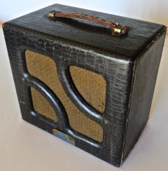 Nioma Company Hawaiian Lap Top Guitar by Nioma Circa 1937 with Amp by Magnatone Circa 1947 - 848846