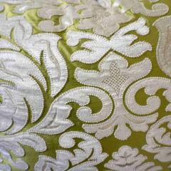Nobilis Contemporary French Green and Ivory White Damask Velvet Throw Pillows - 552143