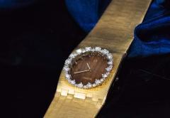 Omega Rare 1970s Omega Diamond Set Wood Dial 18 Karat Yellow Gold Wristwatch - 1154452