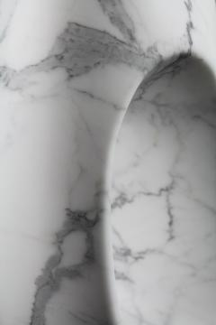 Pieruga Marble Vase sculpture in white Statuary marble carved by hand in Italy - 1451058