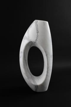 Pieruga Marble Vase sculpture in white Statuary marble carved by hand in Italy - 1451059