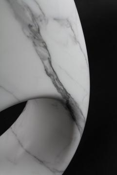 Pieruga Marble Vase sculpture in white Statuary marble made in Italy - 1451004