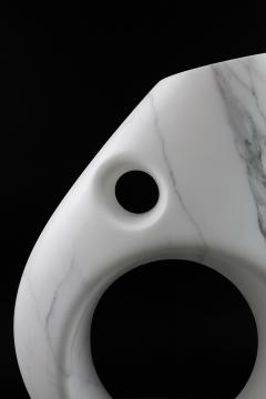 Pieruga Marble Vase sculpture in white Statuary marble made in Italy - 1451006