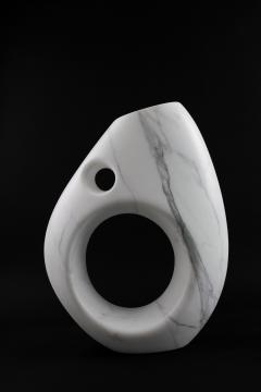 Pieruga Marble Vase sculpture in white Statuary marble made in Italy - 1451008