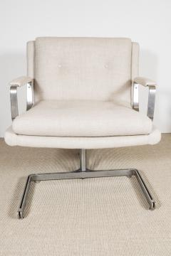 Raphael Furniture France Pair of Raphael chairs with metal base upholstered in Belgian linen - 1467322
