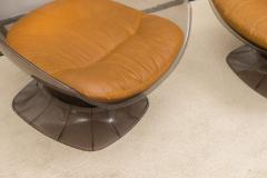 Raphael Furniture Pair of Lucite and Leather Lounge Chairs - 392594