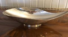 Reed Barton A Silver Plated Reed and Barton Pear Shaped Bowl Mid Century Model - 1100635