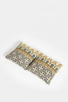Reha Okay Set of 2 pillows with decorated fabric and gold application - 1782850