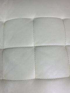 Roche Bobois Tufted Ivory Leather Lounge Chair in the manner of Roche Bobois - 1656384