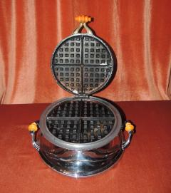 Royal Rochester Royal Rochester Modernistic Waffle Iron - 1492477