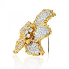 Ruser Jewelry William Ruser RUSER 1960S 18K TWO TONE FLOWER WITH PAVE SET DIAMOND LEAVES BROOCH - 1858423