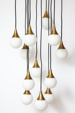 Stilnovo Stilnovo cascading chandelier with twelve opaline glass ball lights - 1023191