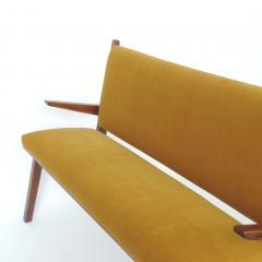 Studio BBPR Italian 1940s Bench in Wood and Yellow Velvet Upholstery Att to Studio BBPR - 1528864