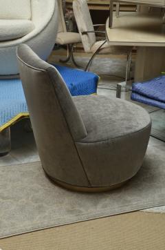Thayer Coggin Pair of Thayer Coggin Slipper Chairs on Swivel Bases - 1331527