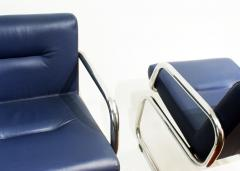 Thonet Pair of Cantilever leather Lounge Chairs Manufactured by Thonet in 1980 - 1933365