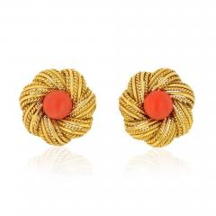 Tiffany Co TIFFANY CO 1970S 18K YELLOW GOLD ROUND CORAL VINTAGE FLOWER EARRINGS - 1721547