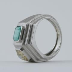 Trabert Hoeffer Mauboussin Trabert Hoeffer Mauboussin Art Deco Yellow Diamond Emerald and Platinum Ring - 1099774