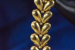 Universal Gen ve 1950s Universal Flower Petal Motif 18 Karat Yellow Gold Bracelet Wristwatch - 1154244