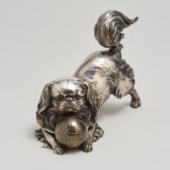 Unno Shomin A Japanese silver Okimono of a dog - 1273900