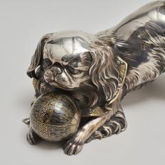 Unno Shomin A Japanese silver Okimono of a dog - 1273902