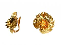 Van Cleef Arpels Pair of 18 Karat Gold Earclips by Van Cleef Arpels Paris 1959 - 142212