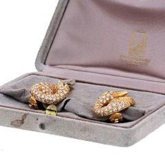 Van Cleef Arpels VAN CLEEF ARPELS 18K YELLOW GOLD DIAMOND SWAN EARRINGS - 1932177