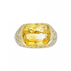 Van Cleef Arpels VAN CLEEF ARPELS 18K YELLOW GOLD OVAL CUT YELLOW SAPPHIRE PAVE DIAMOND RING - 2030200