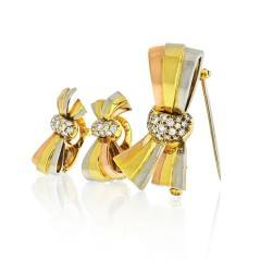 Van Cleef Arpels VAN CLEEF ARPELS BOW 18K TRI COLOR EARRINGS AND BROOCH DIAMOND JEWELRY SET - 1797435
