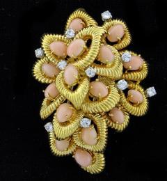 Van Cleef Arpels Van Cleef Arpels Coral and Diamond Brooch - 1136182