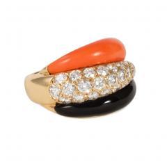 Van Cleef Arpels Van Cleef and Arpels 1960s Coral Onyx and Diamond Ring in 18k Gold - 1601447