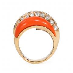 Van Cleef Arpels Van Cleef and Arpels 1960s Coral Onyx and Diamond Ring in 18k Gold - 1601449