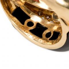 Van Cleef Arpels Van Cleef and Arpels 1960s Coral Onyx and Diamond Ring in 18k Gold - 1601450