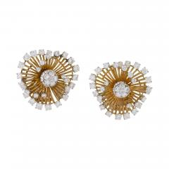 Van Cleef Arpels White and Yellow Gold Earrings with Diamonds by Van Cleef Arpels - 1228862