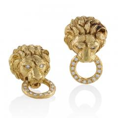 Van Cleef and Arpels Van Cleef Arpels Diamond and Gold Lion Head Door Knocker Earrings - 717403