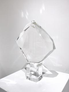 Van Teal PRISMATIC LUCITE SCULPTURE - 1903892