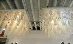 Venini Oversized pair chandeliers by Venini with ca 150 glass pieces - 889415