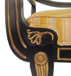 Victoria Son Regency Style Sabre Leg Armchair - 1521340