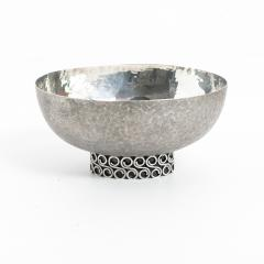 Wiener Silber Schmiede Handsgeschlagen Viennese Austrian Sterling Silver crafted footed bowl from mid 20th century - 1685450
