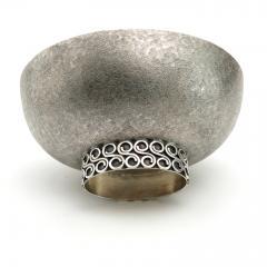 Wiener Silber Schmiede Handsgeschlagen Viennese Austrian Sterling Silver crafted footed bowl from mid 20th century - 1685452