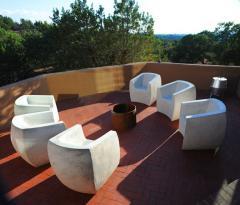Zachary A Design Van Dyke Curved Chair - 2040585