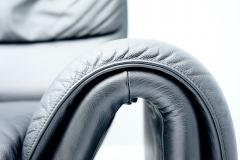 de Sede Black Two Seat Leather Sofa by De Sede Switzerland - 1709638